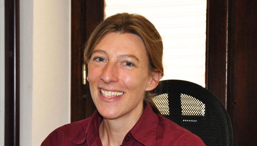 Dr. Heike Praum